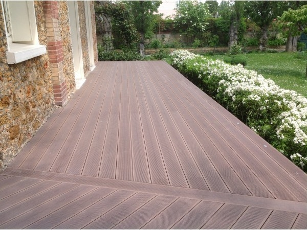 Lame terrasse en bois composite mdsa france - Lame composite clipsable ...